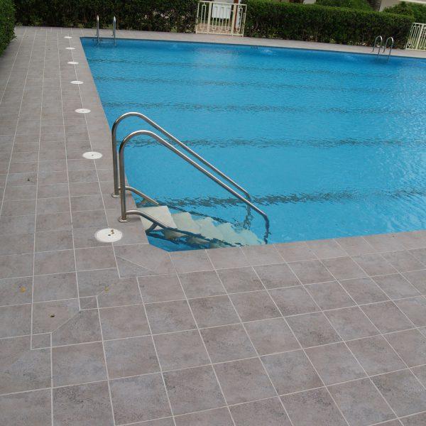 piscina de comunidad de vecinos