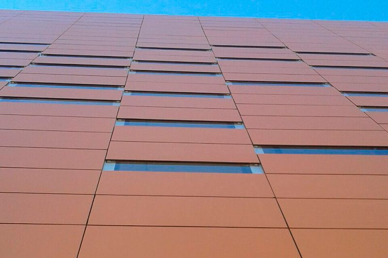 fachada ceramica terracota