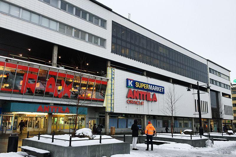 fachada ventilada blanca