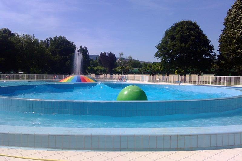 piscina-olas-red
