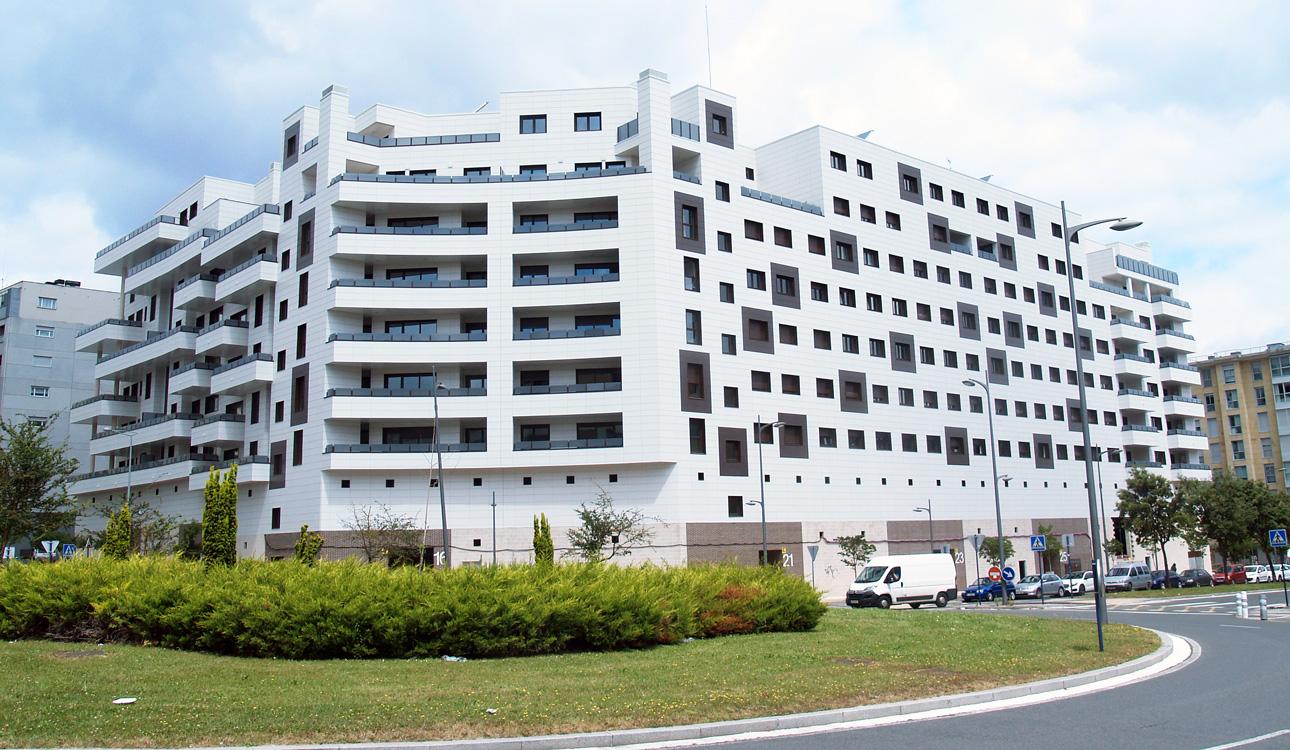 fachada ventilada edificio favemanc