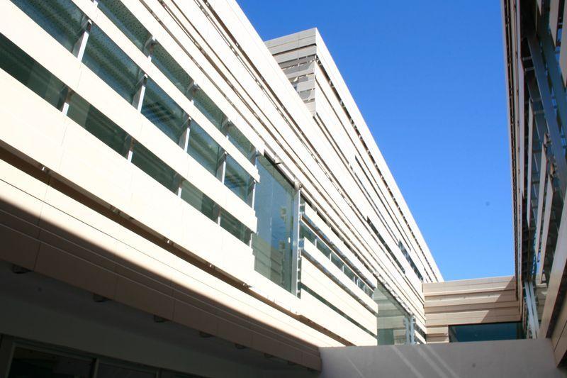 vista de fachada ventilada ceramica