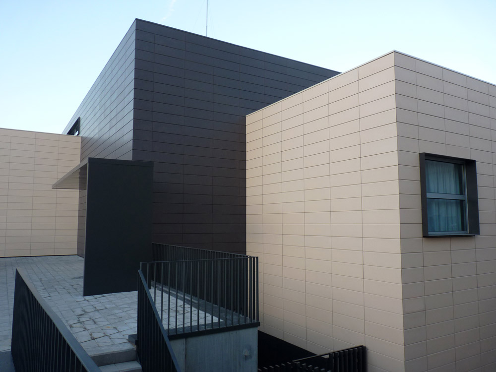 fachada ceramica en solsona