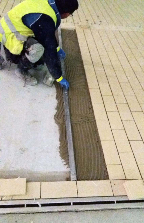 colocacion de pavimento industrial