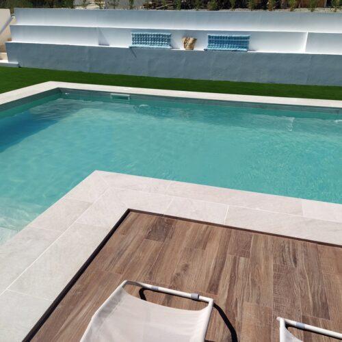piscina éxito porcelánico