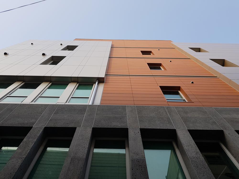 favemanc edificio fachada beomeo