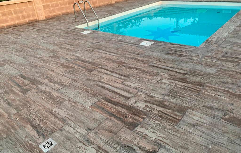 ceramica madera rehabilitación piscina