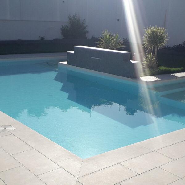 remodelacion piscina white stone
