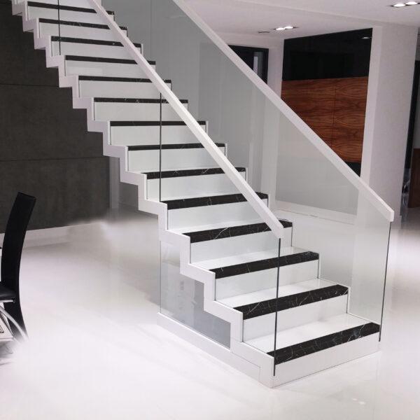 Grestep: Remate cerámico para escaleras Marquina Gresmanc